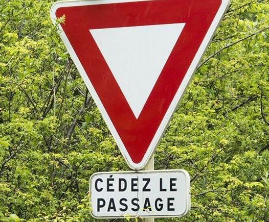法国让行.jpg